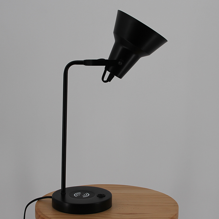 Black Metal Table Lamp-5