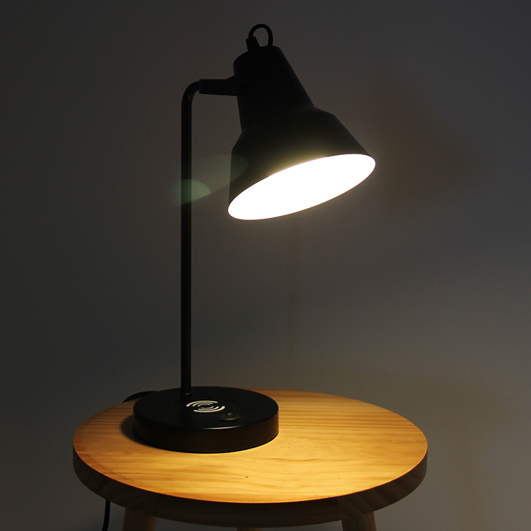 Black Metal Table Lamp-6