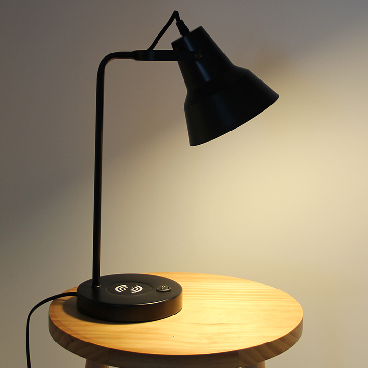Black Metal Table Lamp-7