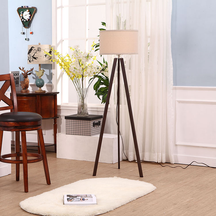 Cheap Tripod Floor Lamp 4