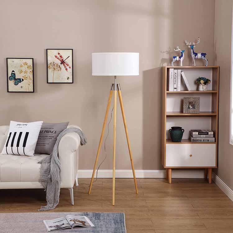 Mid-Century Modern Tripod Floor Lamp 2