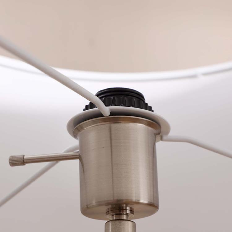 Mid-Century Modern Tripod Floor Lamp details 2