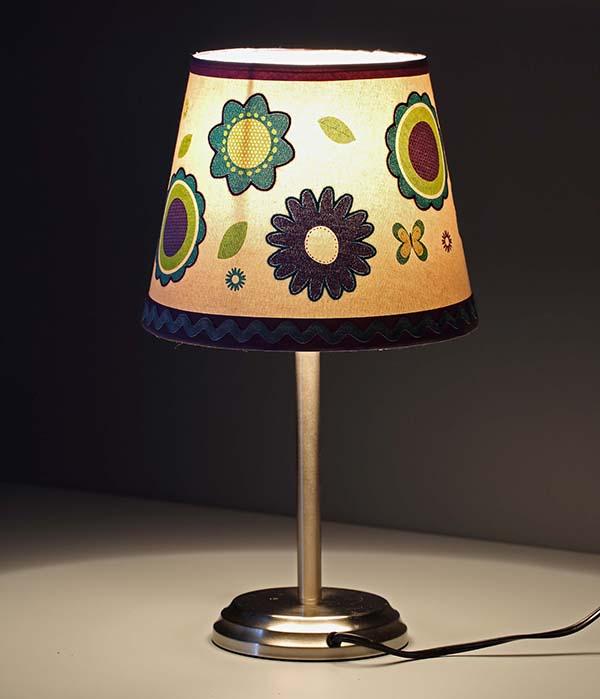 Mini Children Desk Lamp 3