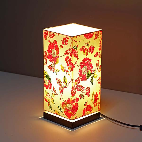 Minimalist Bedside Desk Lamp with Screen flower Square Fabric Shade 3