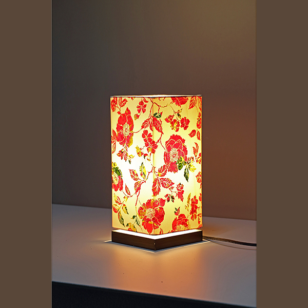 Minimalist Bedside Desk Lamp with Screen flower Square Fabric Shade 4