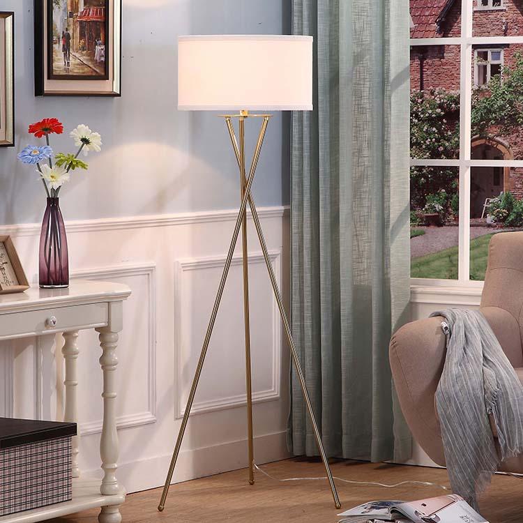 Modern CrossTripod Floor Lamp 3