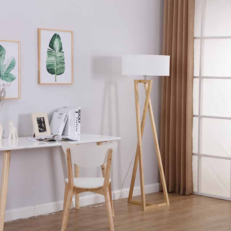 Tripod Standing Lamp-2