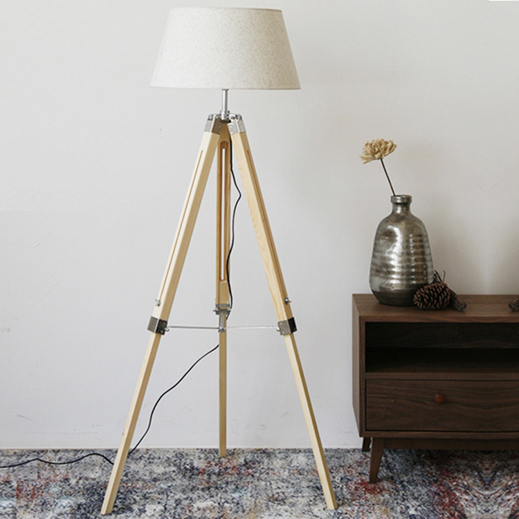 Up and down tripod floor lamp 3