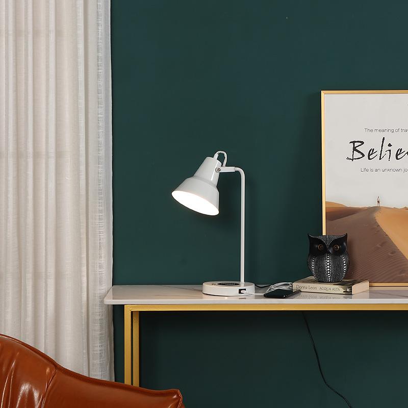 White Metal Table Lamp-3