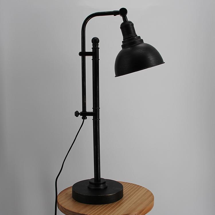 black metal table lamp-2