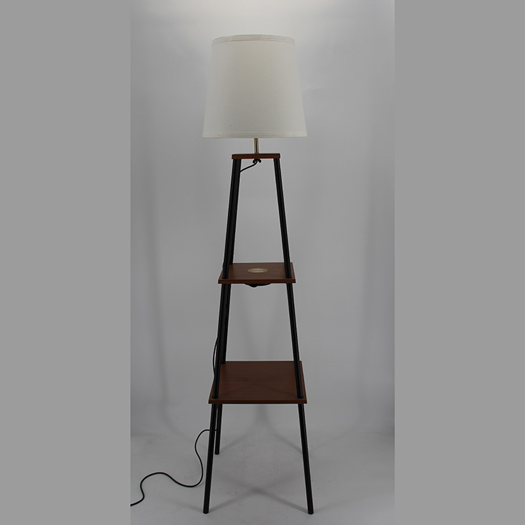 floor lamp with charging station-2