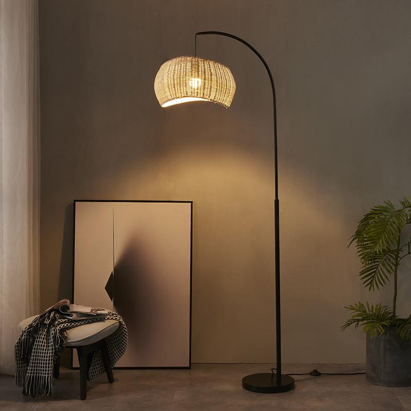 iron pipe floor lamp-6